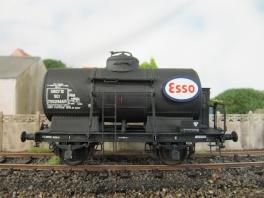 K244   Wagon citerne Esso