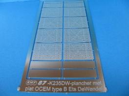 K232DW  Option plancher métallique et marquages