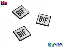 3 plaques BIF Ara